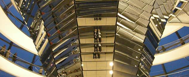 Im Reichstag Berlin (Foto: Hubertus Brantzen)