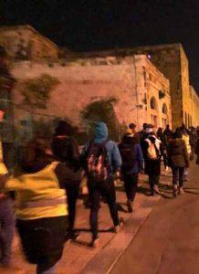 Jugendliche auf dem Weg nach Betlehem